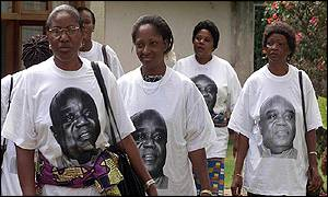 Mourners wear Kabila T-shirts at DRC embassy in Harare