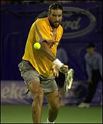 Pat Rafter in action