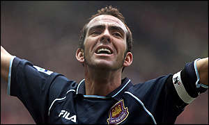 Paolo di Canio celebrates his winner at Old Trafford