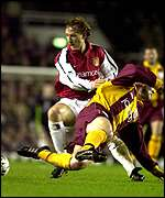 Ray Parlour and Dean Windass
