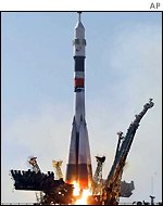 Soyuz rocket blasts off from Baikonur