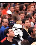 Fans wait to see Star Wars