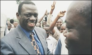Kizza Besigye on the campaign trail