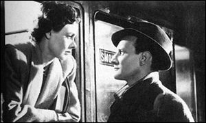 Celia Johnson and Trevor Howard stare into each other's eyes