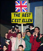 French supporters cheer Ellen into port