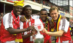 David Rocastle, second from right, celebrates 1991 League success