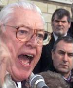 Ian Paisley speaks to journalists at Stormont