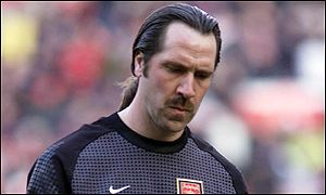 مُباراة من التاريخ [ حــ 1 ] : مانشستر يونايتد 6 X آرسنال 1 [ 25 فبراير 2001 ] .: