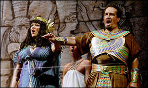 Renata Skarelyte and John Keyes as Amneris and Radames