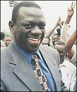 Dr Besigye on the campaign trail
