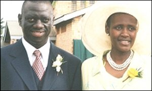 Dr Besigye and his wife Winnie Byanyima