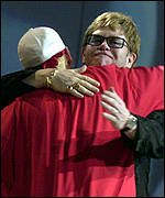 Eminem and Sir Elton John at the 2001 Brits