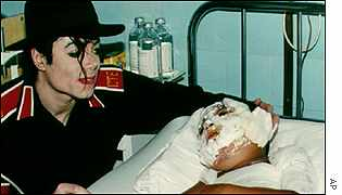 Michael Jackson at Budapest Children's Hospital