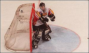 Nottingham Panthers' netminder
