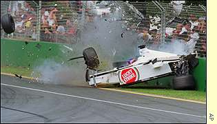 Jacques Villeneuve crashes at the Australian Grand Prix