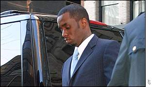 Sean 'Puffy' Combs arriving at Manhattan Supreme Court
