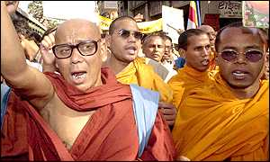 Buddhist monks demonstrate in Calcutta