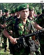 Indonesian troops in Aceh