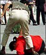 Arrest of Falun Gong protester