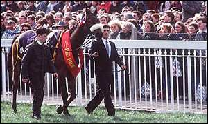 Red Rum parades at Aintree