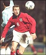 Lee Bowyer in action against Argentina in 2000
