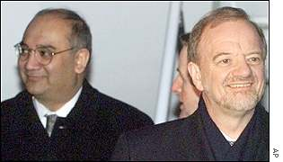 Keith Vaz and Robin Cook