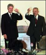 [ image: Bill Clinton with Hong Kong's Chief Executive Tung Chee-hwa]