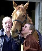 Trainer Norman Mason (l), Red Marauder and jockey Richard Guest