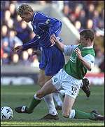 Gary Smith stops Tore Andre Flo