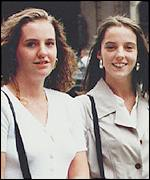 Lisa Taylor (left) and her sister Michelle