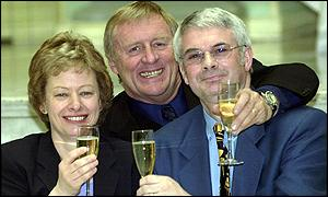 David and Vivien Edwards and quiz host Chris Tarrant