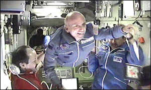 Space Tourist Dennis Tito arrives at the ISS
