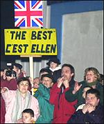 Many more people turned out to greet Ellen in France than in England