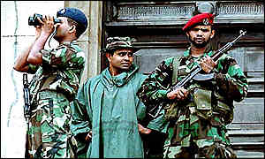 Sri Lankan army troops