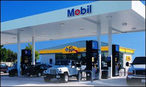 Mobil petrol station in the US