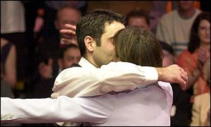 Ronnie O'Sullivan hugs his mum