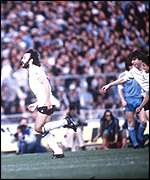 Ricky Villa celebrates winning the FA Cup for Spurs