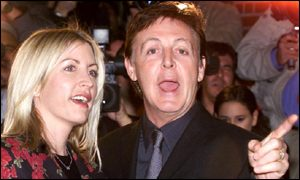 Sir Paul McCartney and his girlfriend Heather Mills