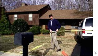 FBI agents sealing off property of spy Robert Hanssen
