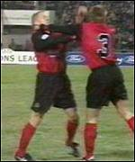 Le Saux strikes Blackburn team-mate Batty