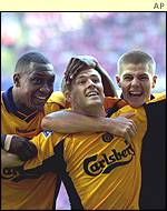 (l-r) Emile Heskey, Michael Owen and Steven Gerrard