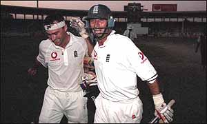Graham Thorpe and Nasser Hussain celebrate