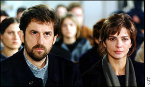 Nanni Moretti as Giovanni in The Son's Room with actress Laura Morante