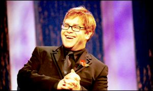 Elton John appearing on Parkinson in January 2000