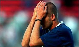 David wipes his eyes in training for Euro 2000