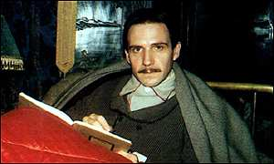 Ralph Fiennes playing Proust