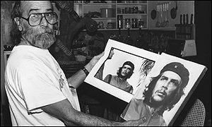 Alberto Korda with his photo of Che Guevara, 1989