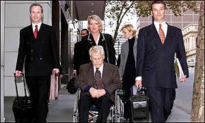 Konrad Kalejs and his legal team at the Melbourne court