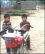 Children in Wenlou