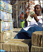 A money changer with the Somaliland currency